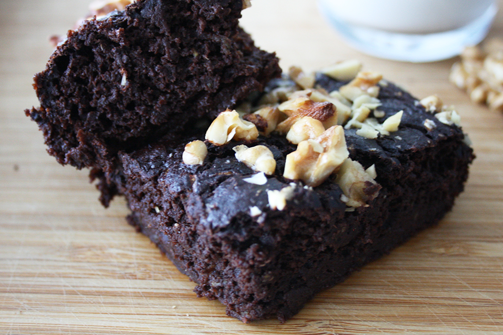 Clean Eating Bananen Walnuss Brownies