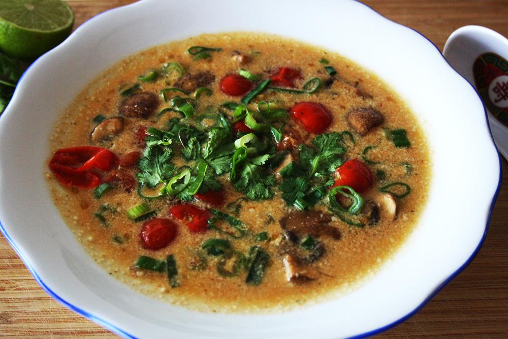Vegetarische Thaisuppe